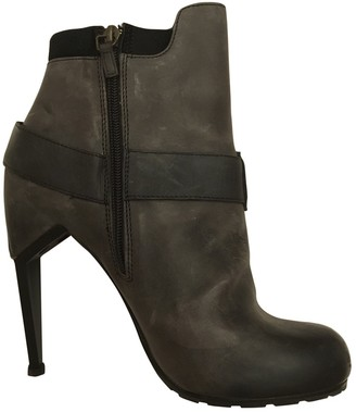 Nicholas Kirkwood Grey Leather Ankle boots