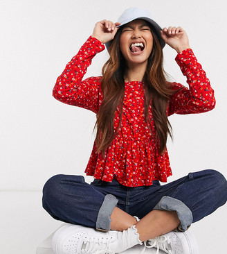 Wednesday's Girl relaxed smock top with peplum hem in ditsy floral