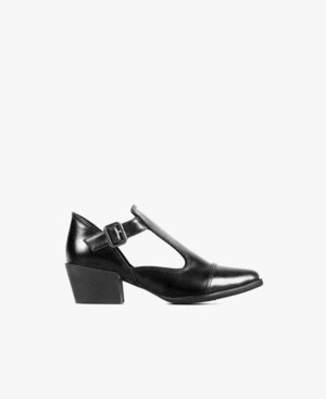All Black Grand Open Buckle Sandal Women's Shoes