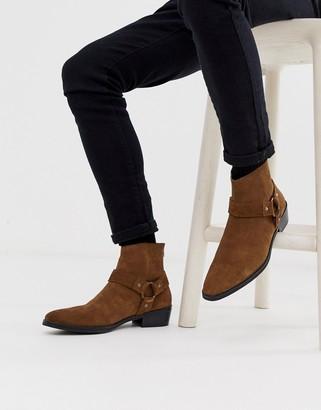 Asos Design DESIGN cuban heel western chelsea boots in tan suede with buckle detail