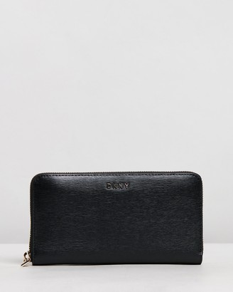 DKNY Bryant Large Zip-Around Wallet