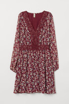 H&M V-neck Dress with Lace - Red
