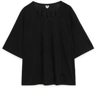 Arket Wide-Fit T-Shirt