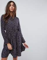 Yumi Long Sleeve Tea Dress in Ditsy Floral