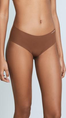 Calvin Klein Underwear Invisibles Hipster Briefs