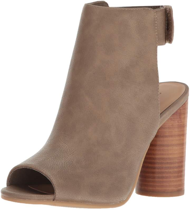 Call it SPRING Women's Traewien Heeled Sandal Taupe 7 B US
