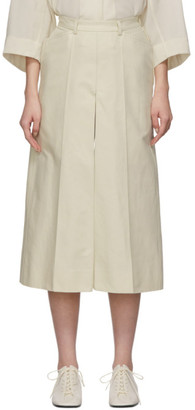Lemaire Off-White Linen Pleated Shorts