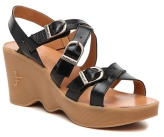 Famolare Buckle Up Wedge Sandal