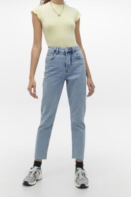 BDG Dillon Bleach Wash Jeans - Blue 27W 32L at Urban Outfitters