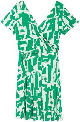 Maggy London Geo Print Short Sleeve Wrap Dress (Plus Size)