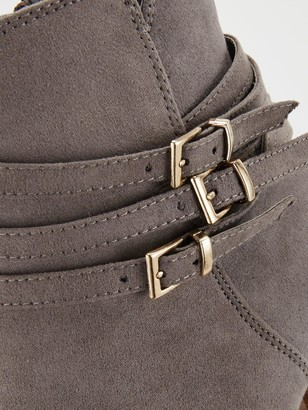 Very Fern Buckle Strap Low Heel Ankle Boot - Grey