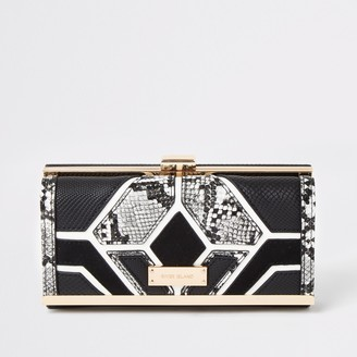 River Island Womens Black snake printed cutabout cliptop purse