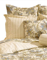 Highland Feather Three-Piece Urban Floral Duvet Cover Set