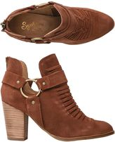 Seychelles Impossible Bootie