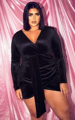 PrettyLittleThing Plus Black Velvet Drape Front Bodycon Dress