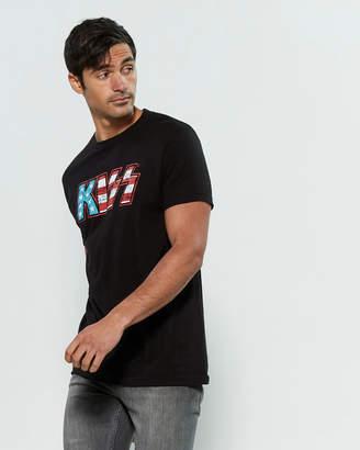 Bravado Kiss Flag Short Sleeve Tee