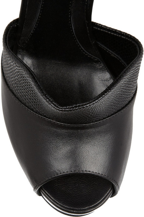 Fendi Textured-leather and leather pumps