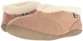 Kamik Chalet (Tan) Women's Slippers