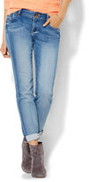New York & Co. Soho Jeans Knit Denim - Relaxed Boyfriend - Broken Blue Wash
