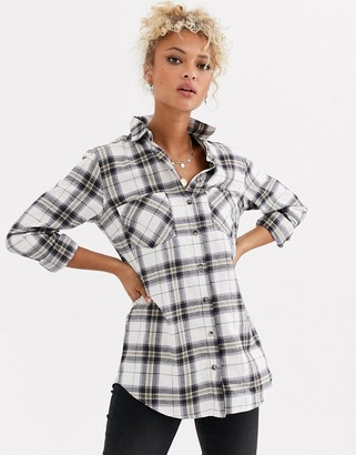 New Look oversized check shirt in white pattern