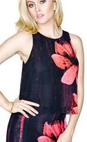 GUESS Wintry Dreams Fly Away Top