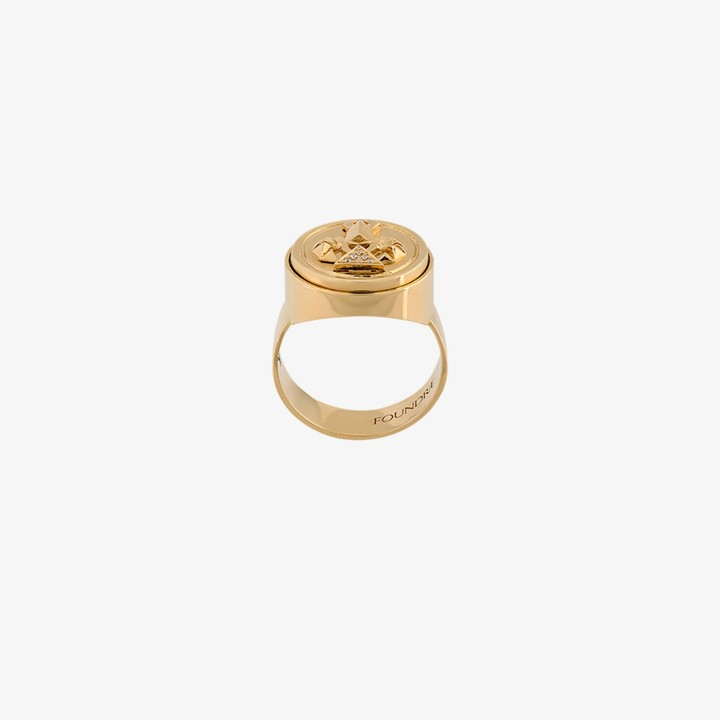 Foundrae 18K yellow gold protection diamond signet ring