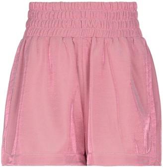 C Clique C-CLIQUE Shorts