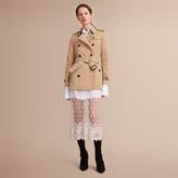 Burberry The Kensington - Short Heritage Trench Coat