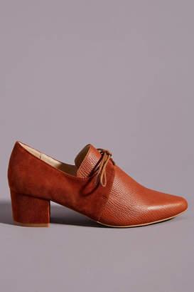 Intentionally Blank Prelim Oxford Heels