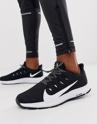 Nike Running Quest 2 sneakers in black