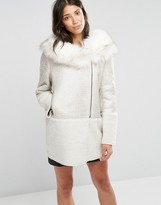 Glamorous Coat With Faux Fur Collar