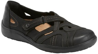 Earth Origins Paxton Pansy Slip-On Sneaker