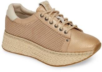 OTBT Meridian Sneaker