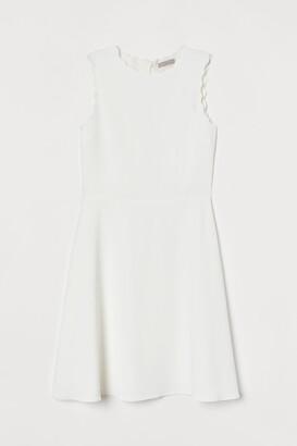 H&M Scallop-edged Dress