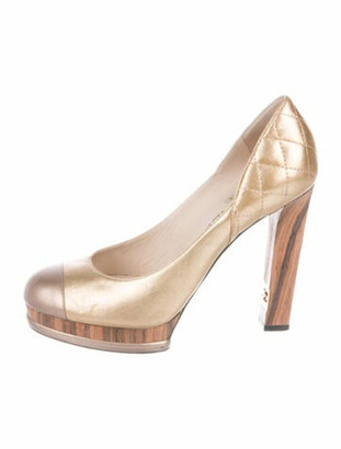 Chanel Quilted Pattern Leather Pumps Gold