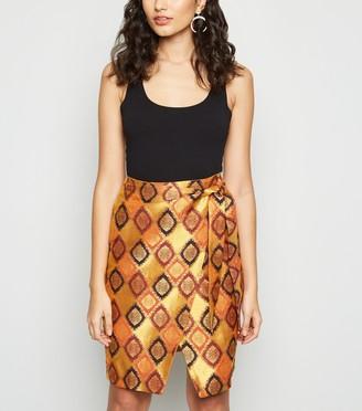 New Look Nesavaali Metallic Jacquard Mini Skirt