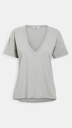 Good American Jersey V Neck Tee