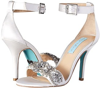Blue by Betsey Johnson Gina (Champagne) Women's 1-2 inch heel Shoes