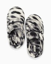 Soma Intimates Plush Slippers Textured Cat Cool Gray