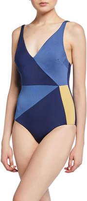 Jets Colorblock V-Neck One-Piece Swimsuit (D-DD Cup)