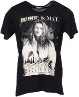 FAME ON YOU T-shirts