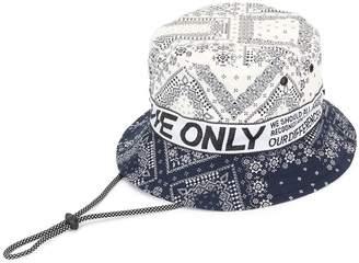 Ports V Love Only bucket hat