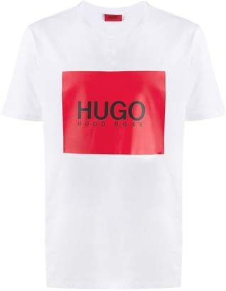 HUGO BOSS contrast logo regular-fit T-shirt