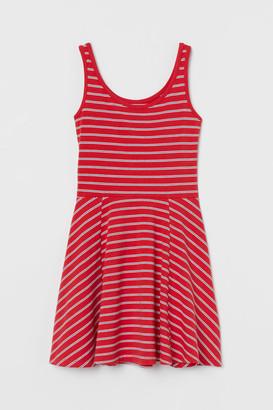 H&M Circle-skirt Jersey Dress - Red
