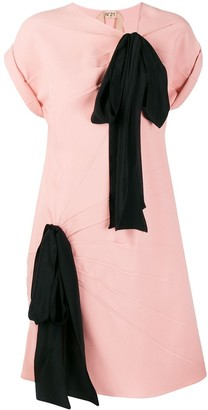 No.21 contrast oversized ribbons dress
