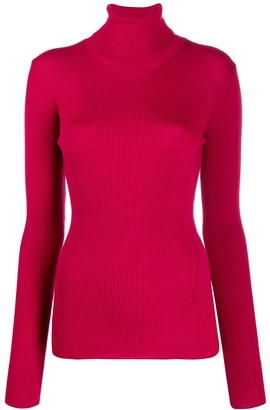 Closed roll-neck fitted sweater