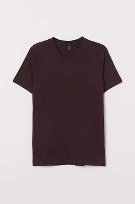 H&M V-neck Muscle Fit T-shirt - Red