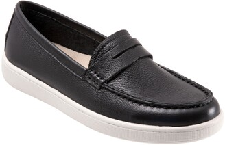 Trotters Dina Loafer