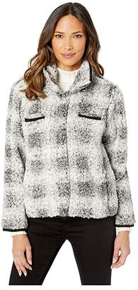 True Grit Dylan by Faux-Shearling Pile Plaid Jacket with Front Pockets (Charcoal) Women's Clothing
