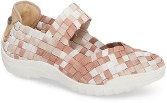 Bernie Mev. Rigged Charm Sneaker